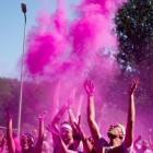 Color Run - hardlopen door wolken kleurpoeder