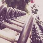 Thuis fitnessen of naar de sportschool?