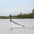 Flyboarden geeft een kick: zelf leren via een clinic