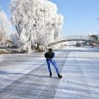 Natuurijs, hoe dik moet het ijs zijn om erop te schaatsen?